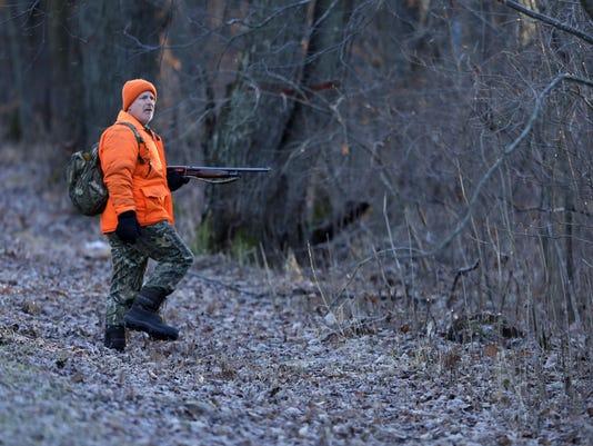 -APC_Wrap-up gun deer_rbp021.jpg_20151128.jpg