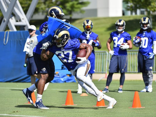 NFL: St. Louis Rams-Training Camp
