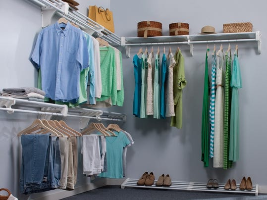 how to get rid of musty smell in clothes closet