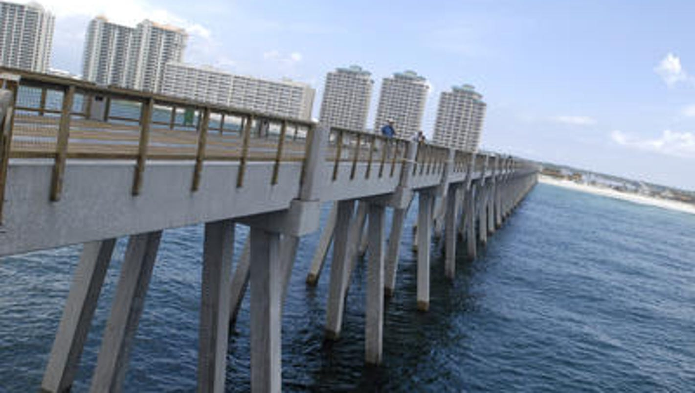 Navarre beach fishing pier santa rosa county selects four for Pensacola beach fishing pier