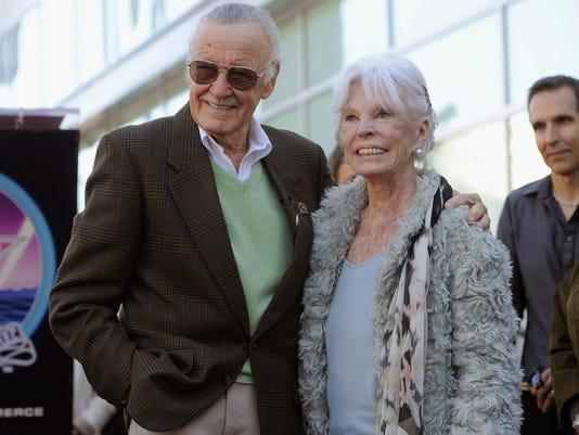 Stan Lee,Joan Lee