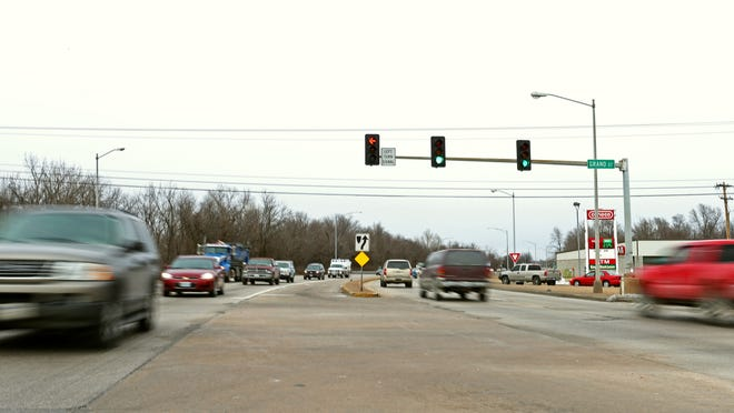 The intersection with the highest numbers of crashes is Kansas Expressway and Grand Street, with 54 accidents in 2013.