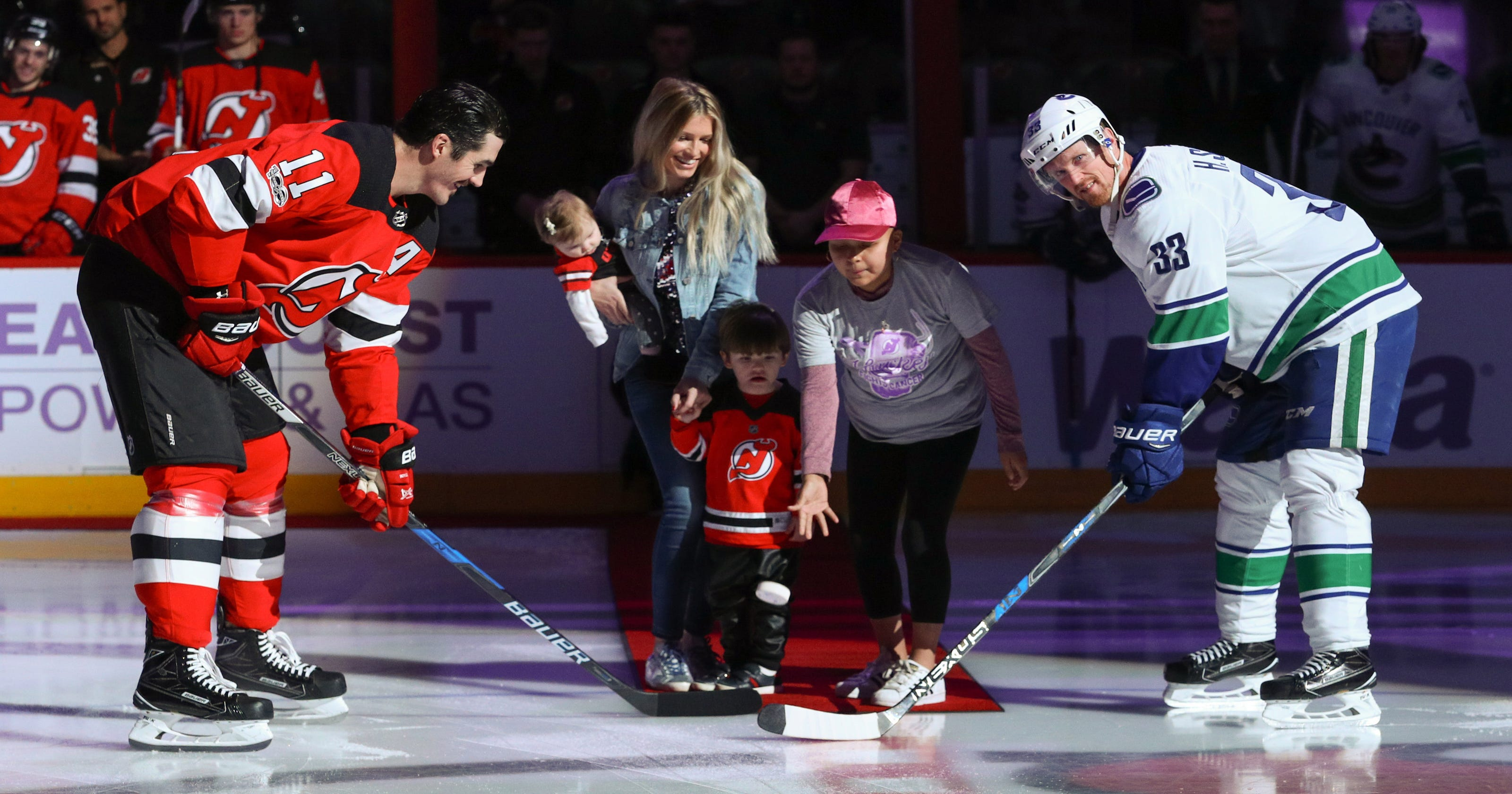 Boyle scores on Hockey Fights Cancer night 38441560a