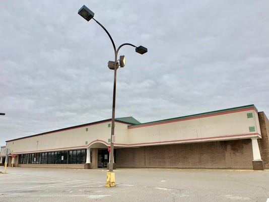 Old Schnucks store