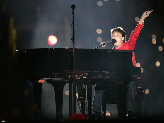 Paul McCartney performs during the Super Bowl XXXIX