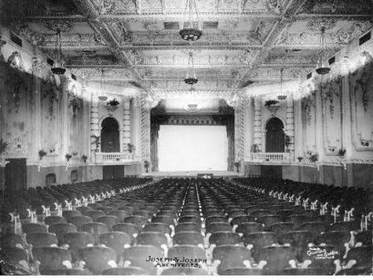 636016046630939166-Majestic-Theatre-interior-facing-stage.jpg