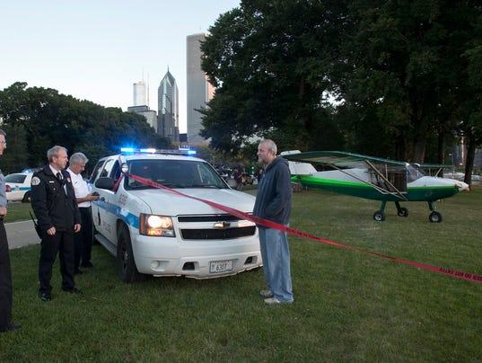 AP Chicago plane landing
