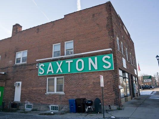PLY saxton folo-1