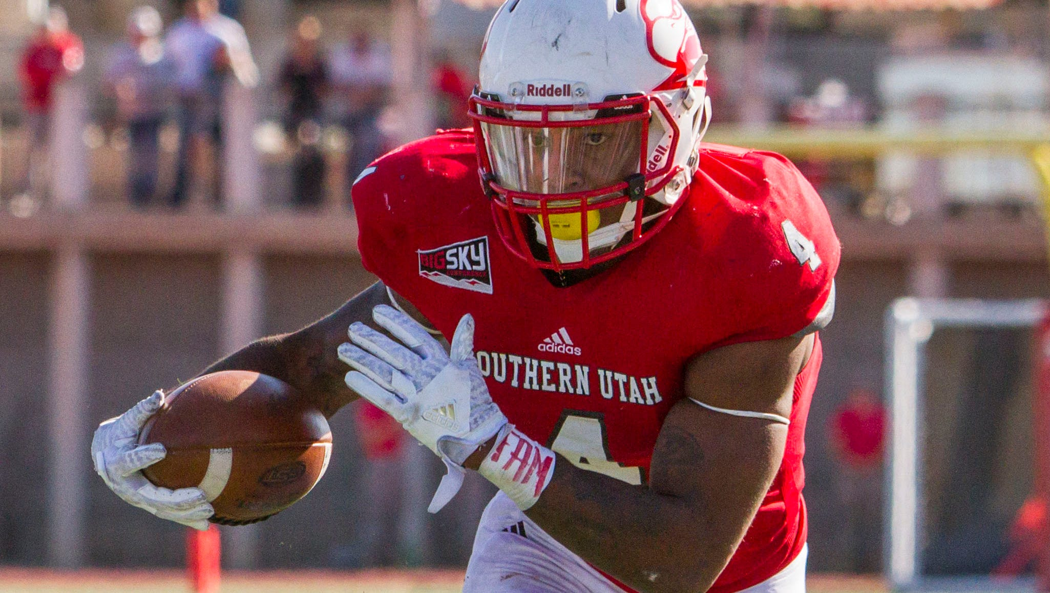 SUU football: Seniors have mixed emotions in final home game