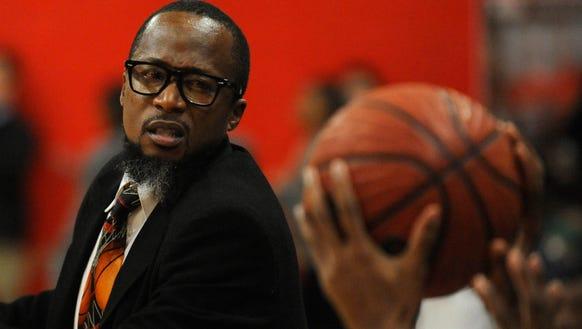 Lee coach Bryant Johnson against Jeff Davis at Lee