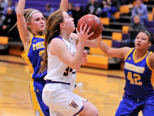 Wylie's Julia Lovelace goes for a layup during Tuesday