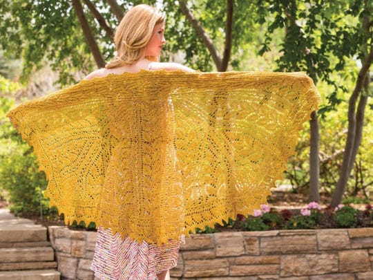 I think this Junius-shaped Shawl is one of the most beautiful lace shawls I've ever seen.