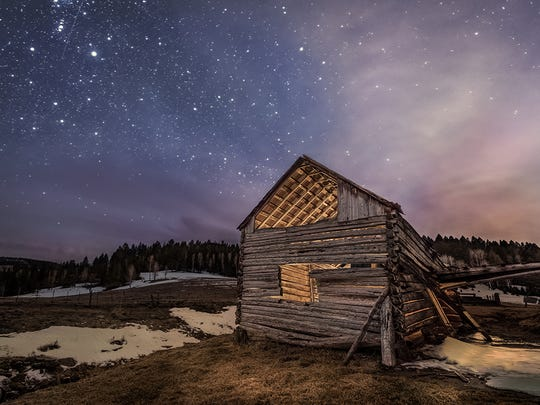 The night sky is prominent in many of Wayne Suggs' photographs.