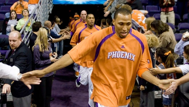 Phoenix Suns' Shawn Marion takes the court against the Los Angeles Clippers during the Suns home opener at US Airways Center in Phoenix on Nov. 1, 2006.