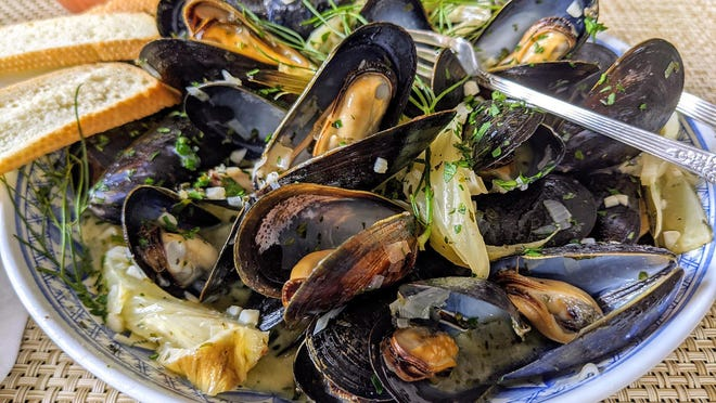 Circa 1875 Gastro Pub's Fennel-Scented Moules Mariniere, recipe courtesy David Landrigan, executive chef.