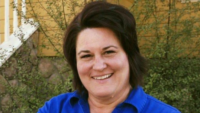 Oxnard council candidate Kari Cryder