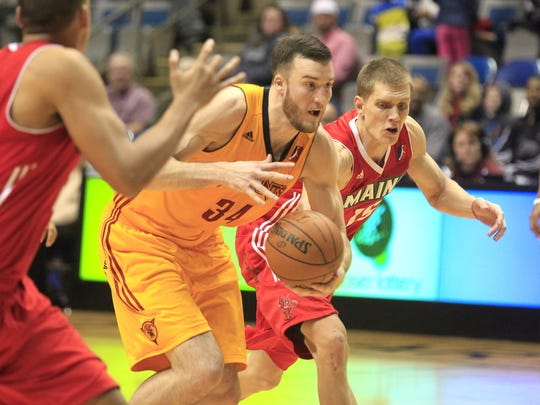 Miles Plumlee spent most of his rookie season with Fort Wayne in the D-League.