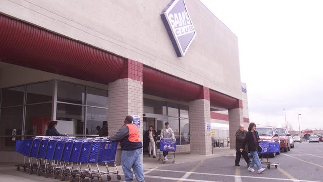 Exterior of the Freehold Township Sam's Club.