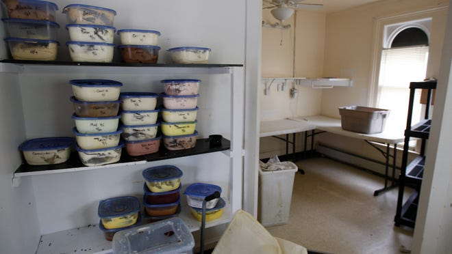 Partially filled containers of frosting are all that remains of Sugar Mountain Bake Shoppe, which furtively closed and departed the converted house it shared with La-Tea-Da! Tea Room and Parlour at 258 Alexander St. The tea room is still open.