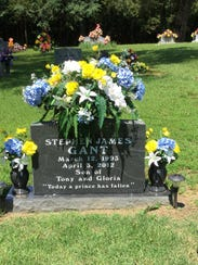 Stephen Gant is buried in Perryville Cemetery, about