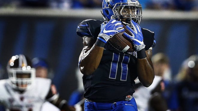 September 24, 2016 - University of Memphis receiver Sam Craft grabs a 43 yard touchdown catch against the Bowling Green University defense during first quarter action at the Liberty Bowl Memorial Stadium. (Mark Weber/The Commercial Appeal)