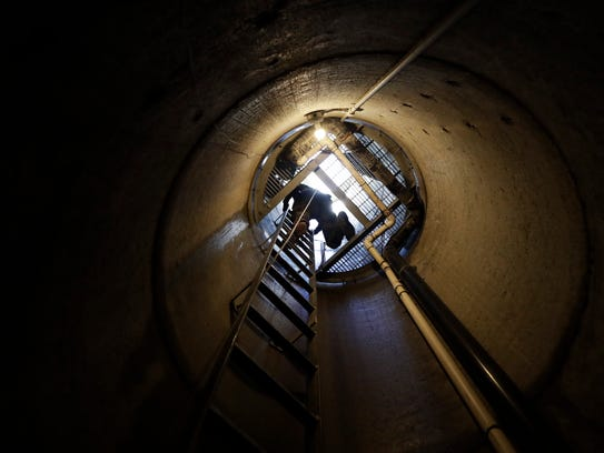 A member of the Border Tunnel Entry Team ascends an