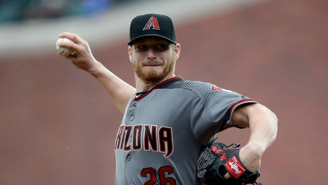 Arizona Diamondbacks starting pitcher Shelby Miller throws to the San Francisco Giants during the first inning of a baseball game, Thursday, April 21, 2016, in San Francisco.
