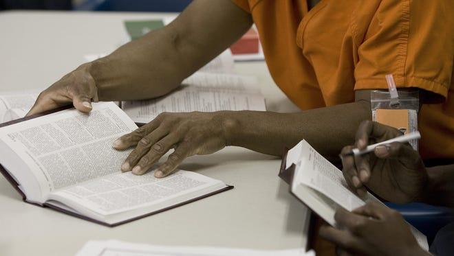 New York will expand college education programs for some inmates