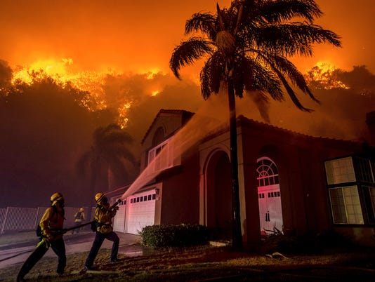 AP SOUTHERN CALIFORNIA WILDFIRE A USA CA