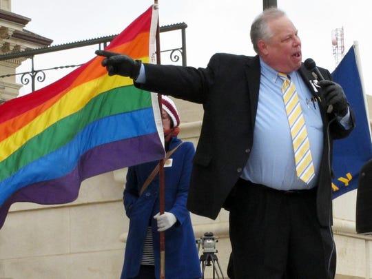 -Gay_Marriage_Kansas_RPJH105.jpg_20140225.jpg