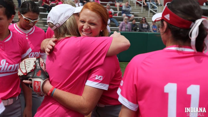 Evansville mom fighting breast cancer honored by daughters' softball teams