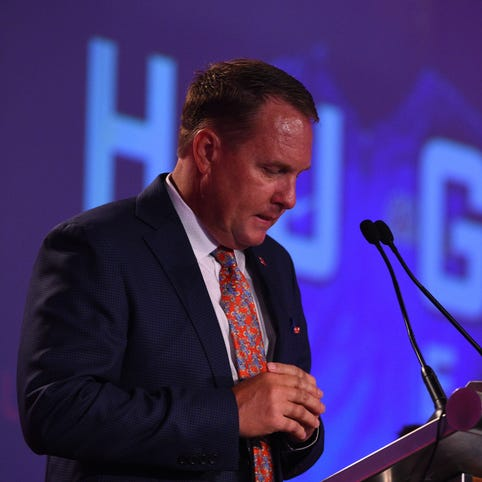 Ole Miss football coach Hugh Freeze made call to number tied to escort service