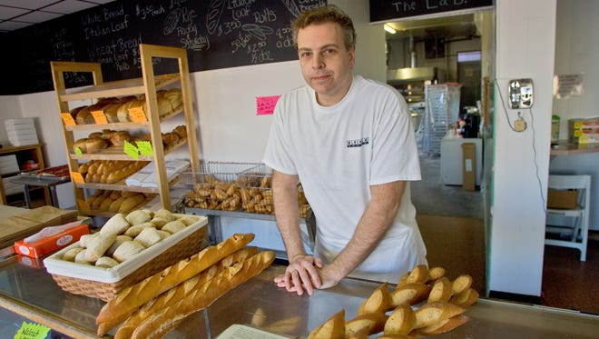 Black Lab Breads on North Union Street in Wilmington, owned by Barry and Sandy Ciarrocchi, closed on Oct. 18, 2015. The Ciarrocchis said they want to move the business.