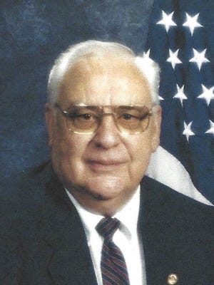 Charles 'Les' Hooper, 80