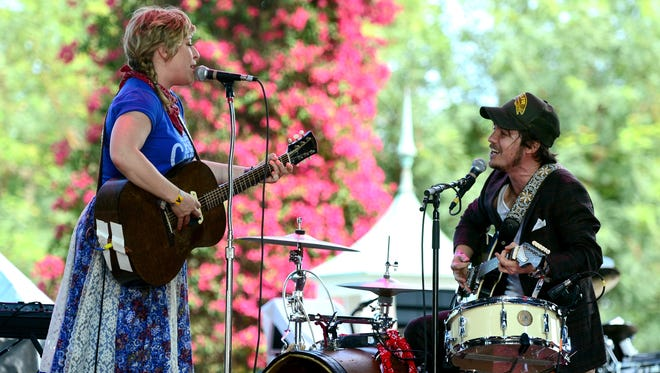 Musicians Cary Ann Hearst and Michael Trent of Shovels & Rope perform.
