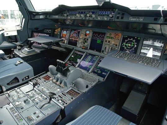 a380cockpit
