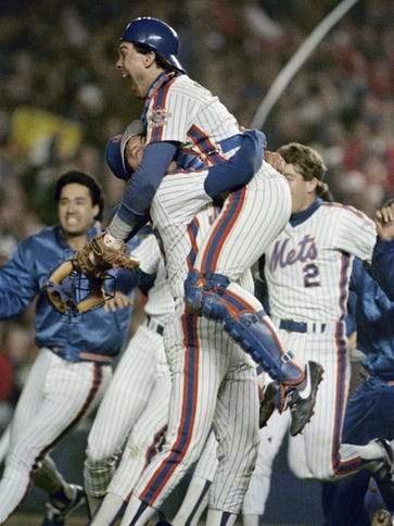 Gary Carter and the Mets beat the Red Sox in the 1986
