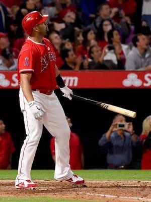 Albert Pujols hits a grand slam for his 600th career home run.