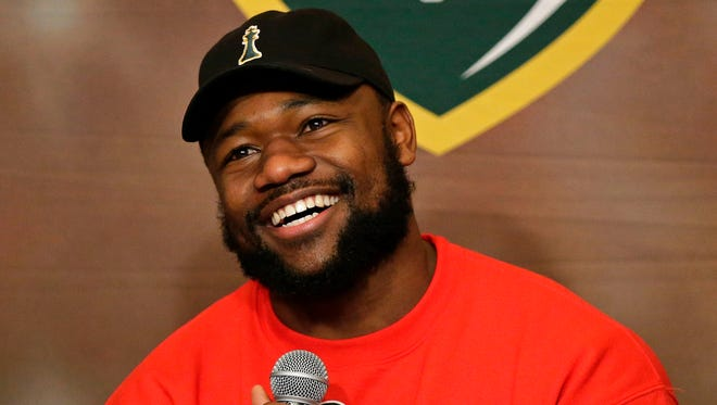 Green Bay Packers running back Ty Montgomery co-hosted Monday's Clubhouse Live in downtown Appleton. Wide receiver Geronimo Allison was Montgomery's guest. Watch a replay of the show at clubhouselive.com.