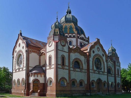 635962433296935083-serbia-SRB-Subotica-facade-2015.jpg