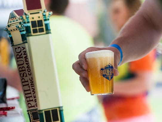 The beers and ciders areevaluated by professional nationaljudges and the public is invited to see theirexpertise at work from 9-3 p.m June 9 at Enbar.