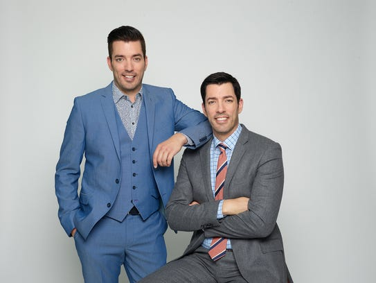 Jonathan and Drew Scott will come to Knoxville on Sept.