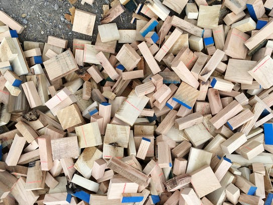 Madison Mill in Ashland City has a free pile of wood scraps that you can take and use for kindling or craft projects.  They come in small block sizes as well as long thin strips.