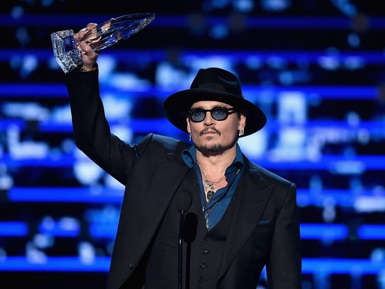Johnny Depp accepts his favorite dramatic movie actor