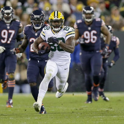 Packers receiver Ty Montgomery (88) runs for a big