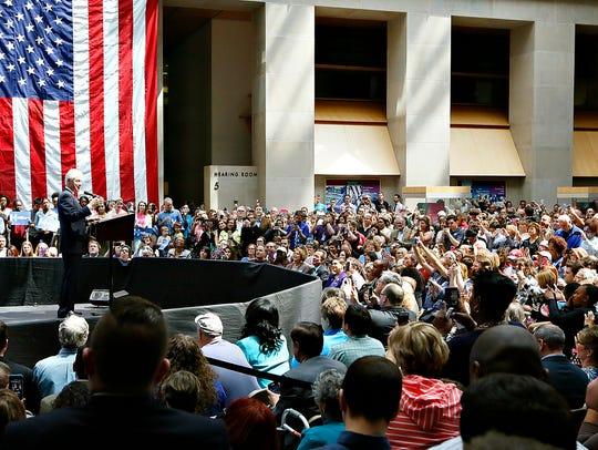 Bill Clinton speaks at the Keystone Building in Harrisburg,