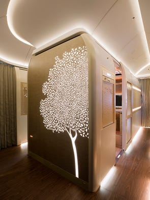 Emirates' new first-class suites for its Boeing 777