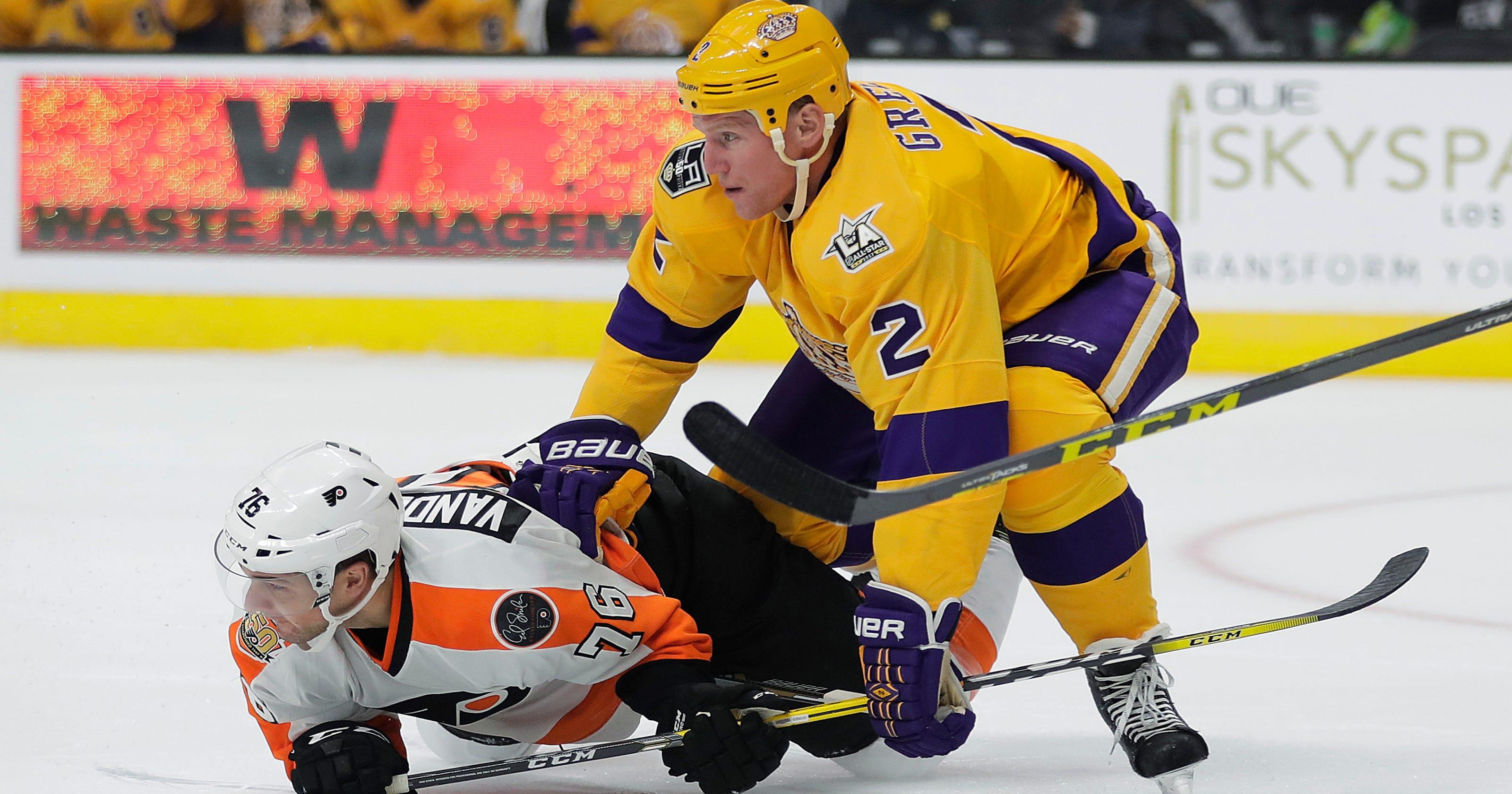 detailed look e54b0 af1b7 Couturier propels Flyers past LA Kings in season opener, 4-2
