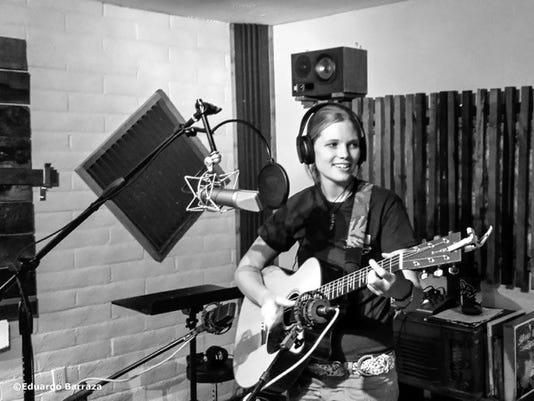 Delaney-Davis-studio1.jpg