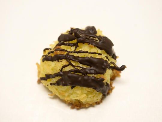 12 days of cookies: Ambrosia Macarooms